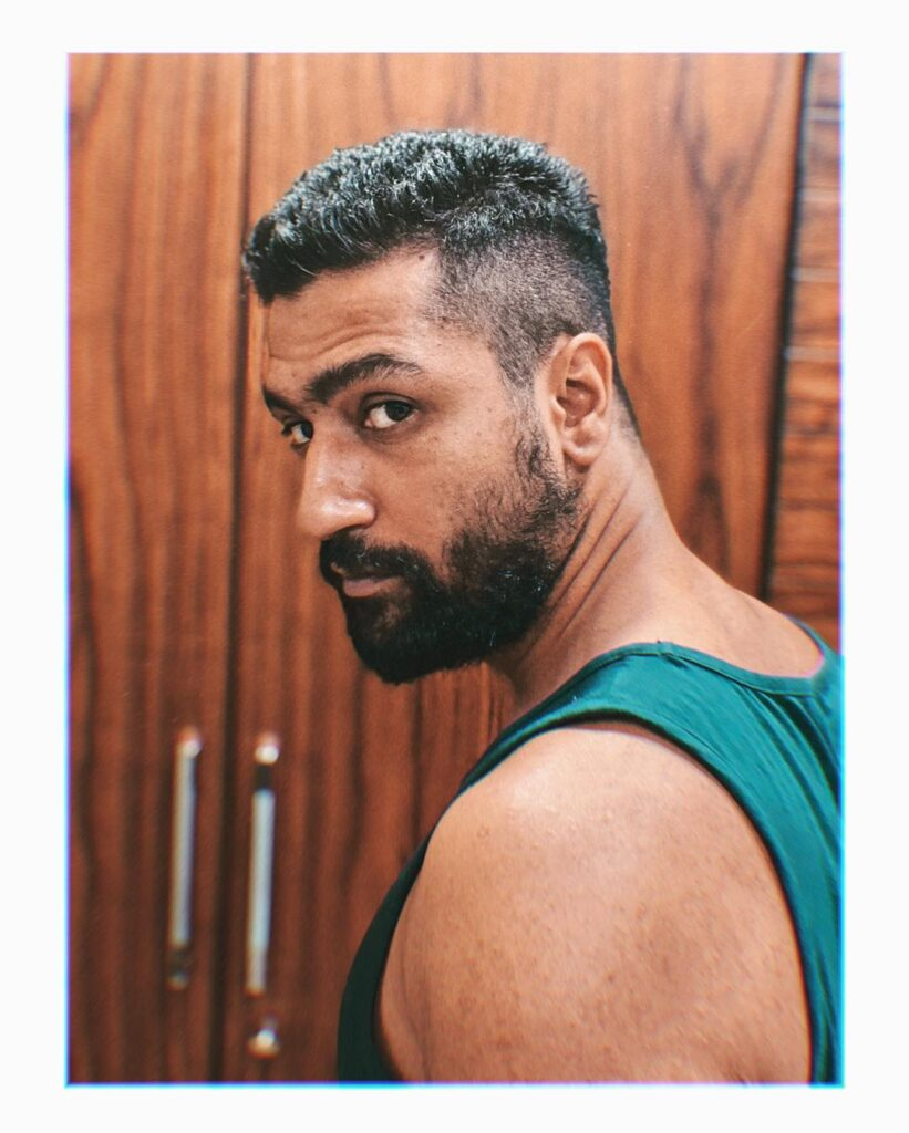 Vicky Kaushal Hairstyle - Posing in Green Denim