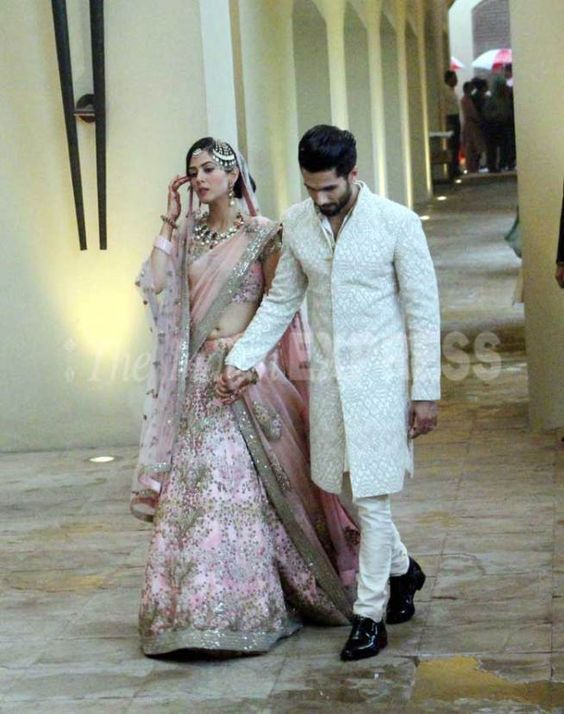 Shahid Kapoor married September Born Mira Rajput - both are wearing traditional attires