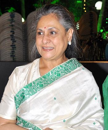 Jaya Bachchan wearing white saree in picture