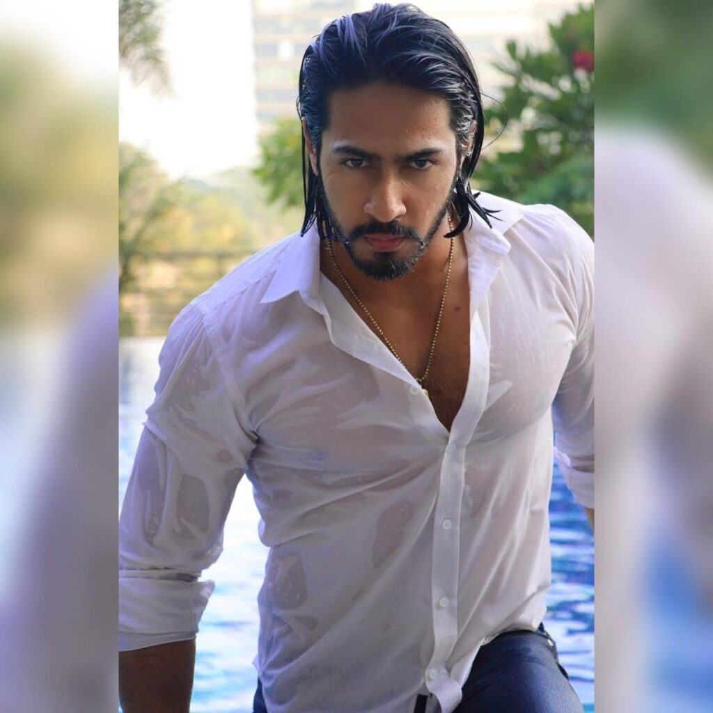 Thakur Anoop Singh Wet-o-wile  hairstyles look in white wet shirt & jeans